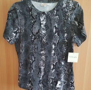 harlow grey shirt